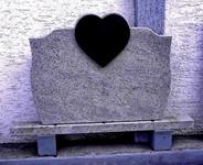 Kameni nadgrobni spomenik 3